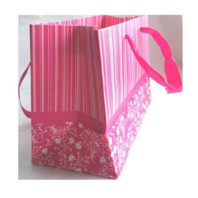 Punga roz de bijuterii1