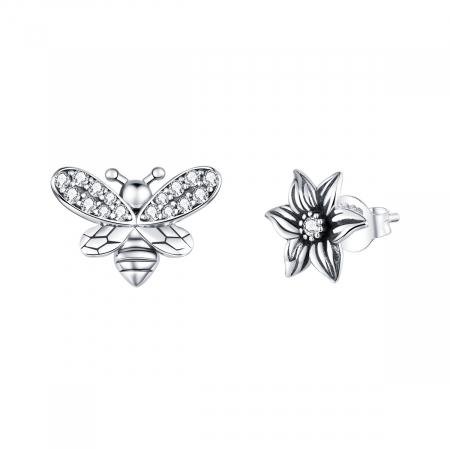 Cercei argint asimetrici cu floare si albinuta