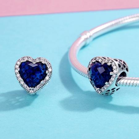 Charm argint 925 cristal albastru cu inimioare si zirconii albe - Be in Love PST01011