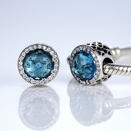 Charm argint 925 cristal bleu cu inimioare si zirconii albe - Be in Love PST00331