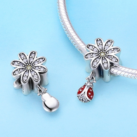 Charm argint 925 cu floare si gargarita - Be Lucky PST01343