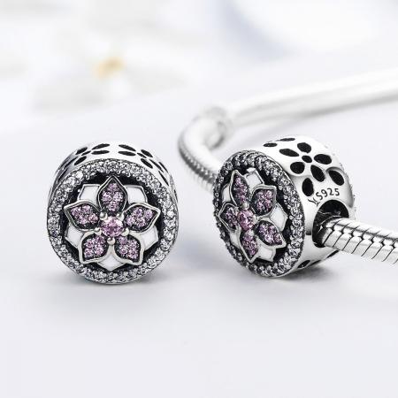 Charm argint 925 cu floare si zirconii albe si roz - Be Nature PST00811