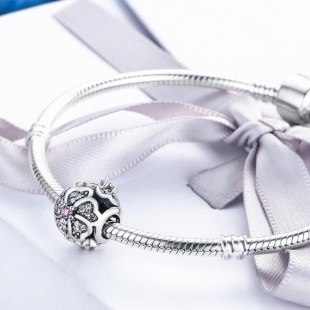 Charm argint 925 cu floricele si zirconii albe - Be Nature PST00884