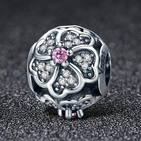Charm argint 925 cu floricele si zirconii albe - Be Nature PST00882