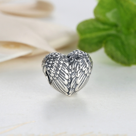 Charm argint 925 cu inimioara si aripi de inger - Be Spiritual PST00151