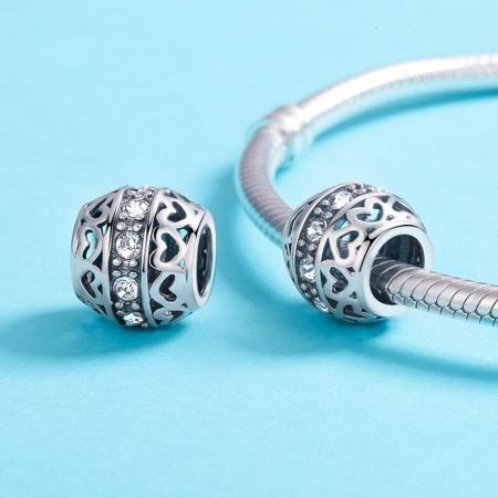 Charm argint 925 cu inimioare si zirconii albe- Be in Love PST01174