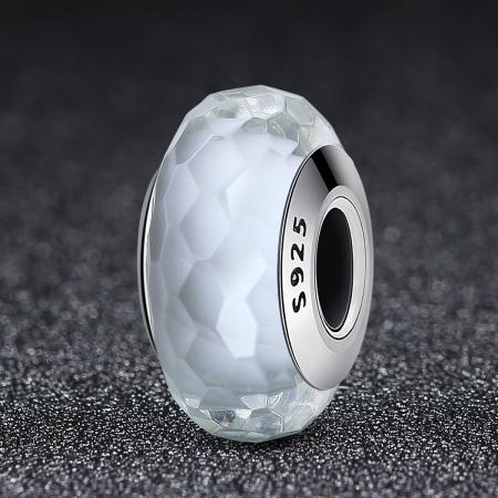 Charm argint 925 cu sticla alba multifatetata - Be Elegant PST00952