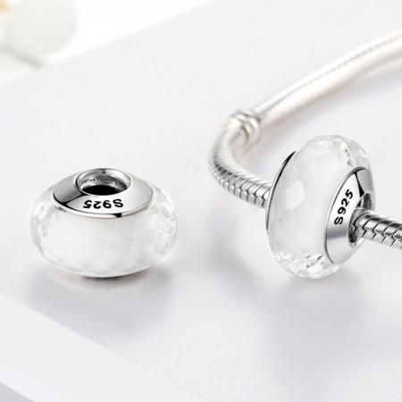 Charm argint 925 cu sticla alba multifatetata - Be Elegant PST00951