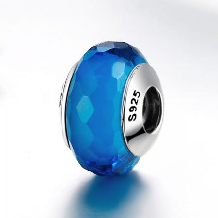 Charm argint 925 cu sticla albastra multifatetata - Be Elegant PST00973