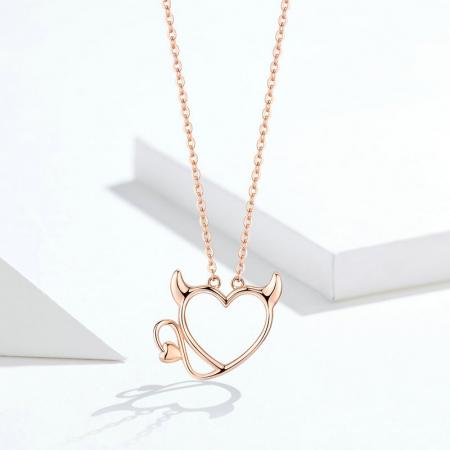 Colier argint Dragoste Periculoasa placat cu aur roz6
