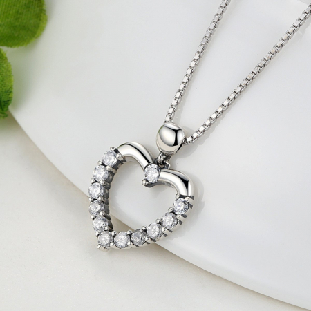 Colier argint inimioara cu zirconii [4]
