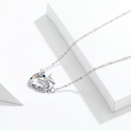 Colier argint placat cu platina cu pandantiv Unicorn si cristale colorate1