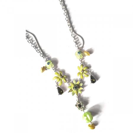 Colier cu floricele si zirconii verzi