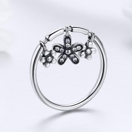 Inel argint 925 cu trei floricele si zirconii albe - Be Nature IST00535