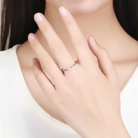 Inel argint cu inimioara de zirconiu3