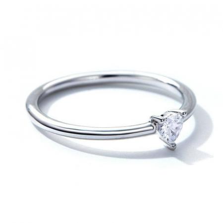 Inel argint cu inimioara de zirconiu1