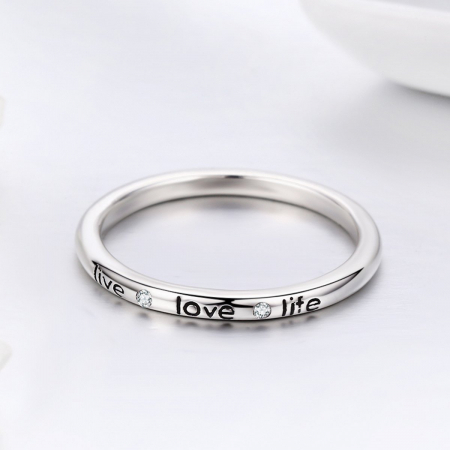 Inel argint cu mesajul LIVE LOVE LIFE4