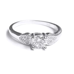 Inel argint 925 cu inimioare si zirconii albe [0]