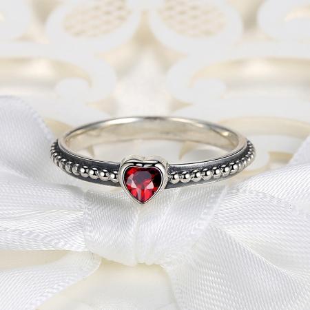 Inel placat cu argint cu inimioara rosie IST00034
