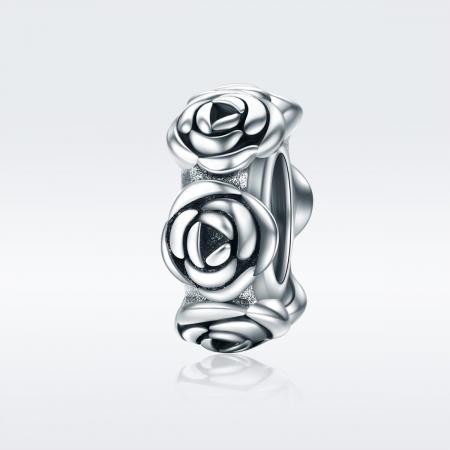Talisman argint cu trandafiri1