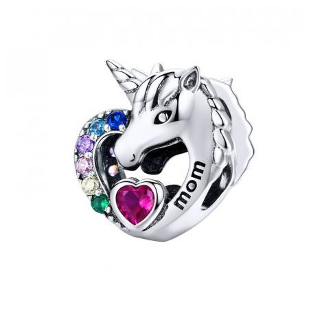 Talisman argint cu unicorn si zirconii multicolore si mesaj Mom