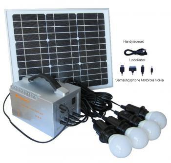 Sistem Fotovoltaic Iluminat cu LED-uri Camping1