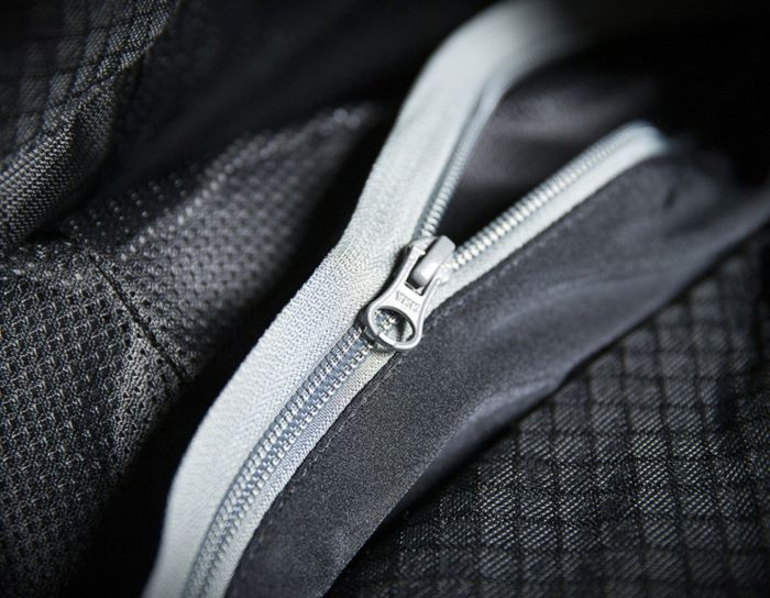 Pantaloni moto piele ICON Hypersport [2]