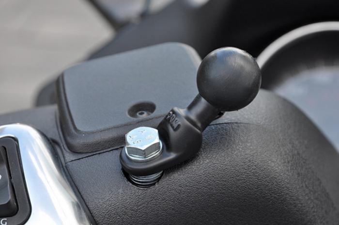 Ram Mount adaptor montare cu gaura 9mm [1]