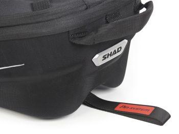 Geanta de rezervor SHAD E16P cu sistem de prindere cu pin1