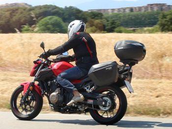Sidecase moto 23 Litri SHAD SH23 Negru4