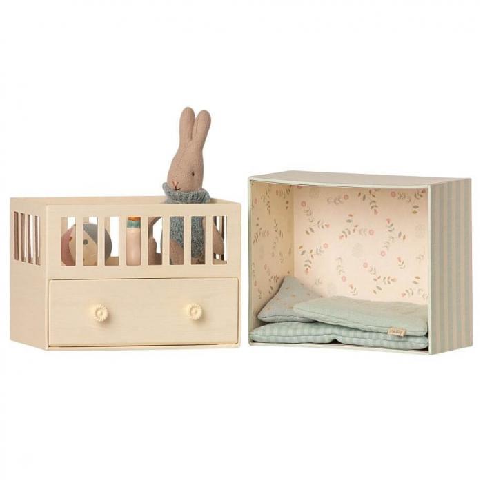 Baby room w micro rabbit [1]