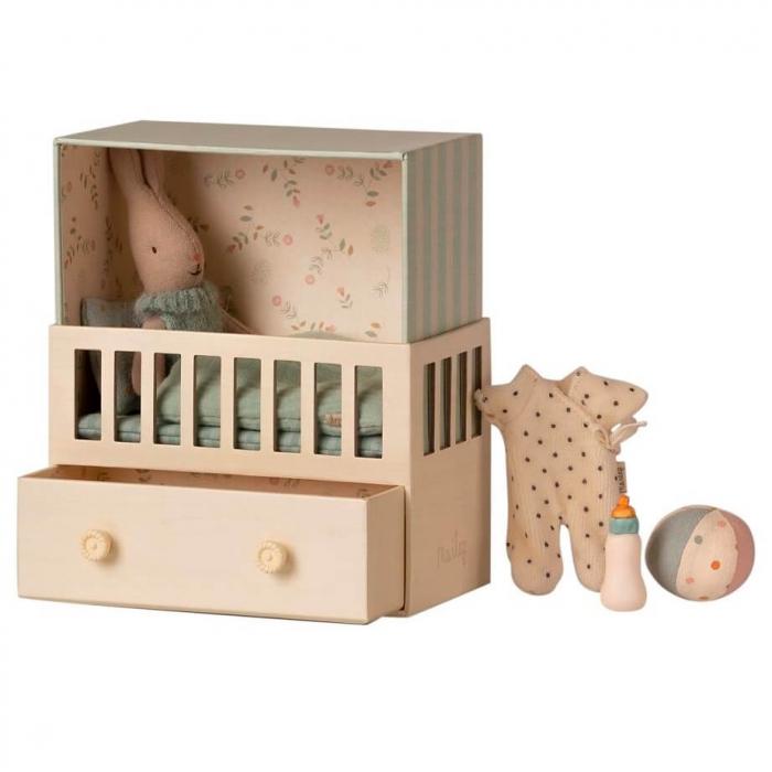 Baby room w micro rabbit [0]