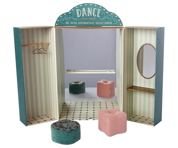 Ballet school 0