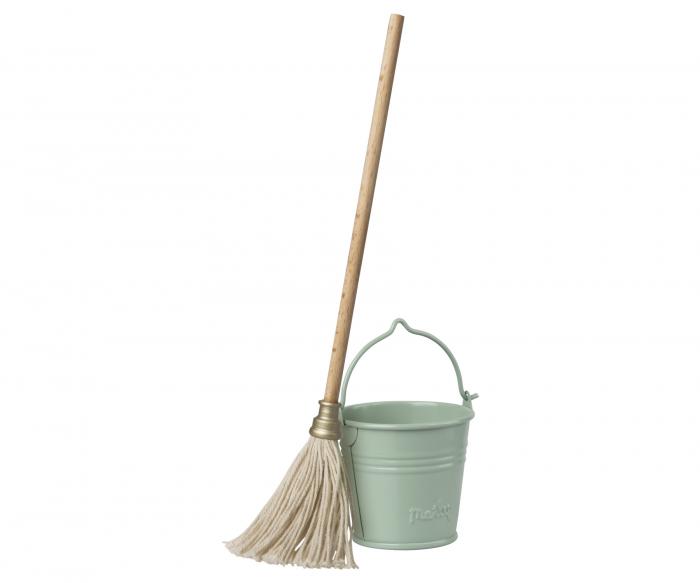 Bucket&Mop 0