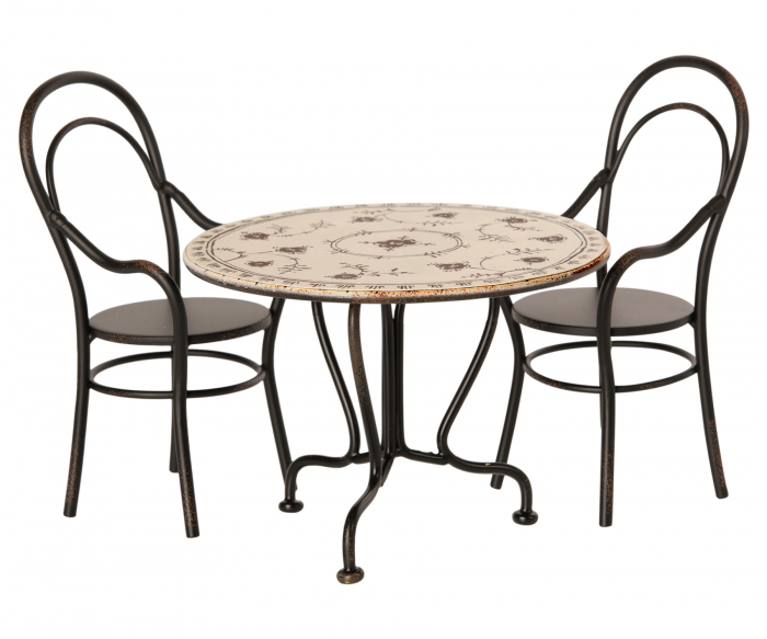 Dining table set w 2 chairs 1