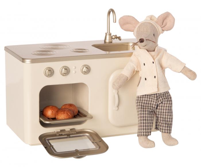 Miniature Kitchen [1]
