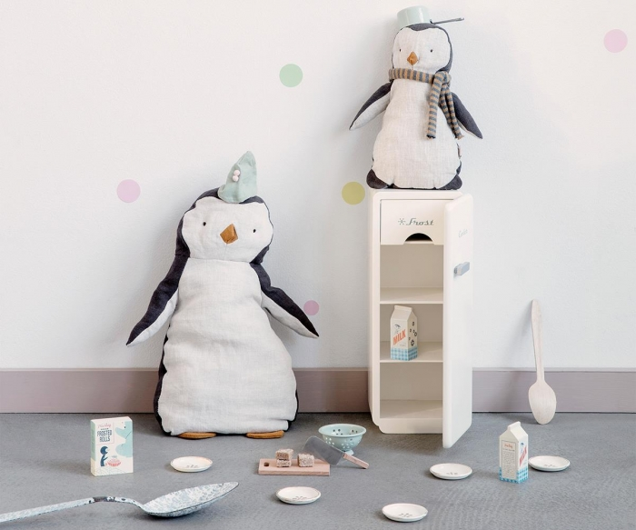 Penguin large 1