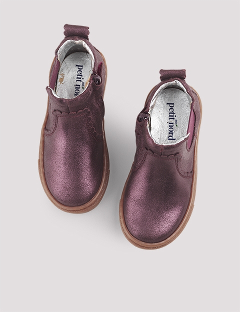 Scallop Chelsea Plum shine 1