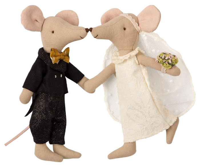 Wedding mice couple in box 1