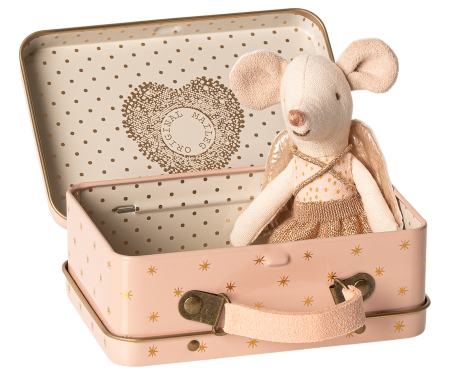 Guardian angel  in suitcase, little sister mouse1