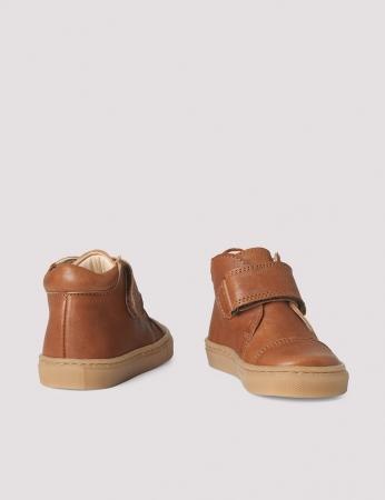 Kicks velcro Cognac1