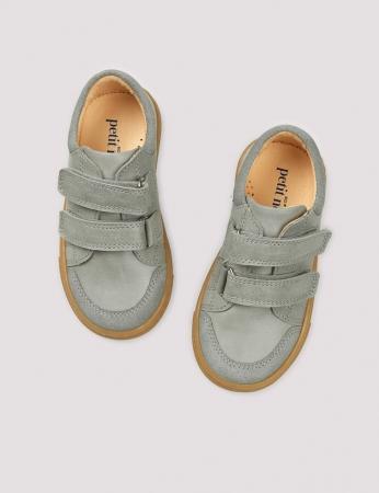 Low sneaker concrete