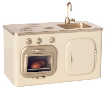 Miniature Kitchen [2]
