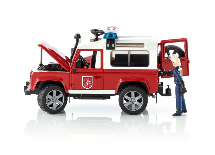 Masina de pompieri Land Rover Defender cu modul de lumini si sunet + figurina pompier cu accesorii, Bruder 0