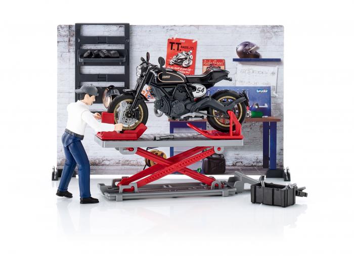 Set tematic service Bworld cu motocicleta, mecanic si accesorii, Bruder 0