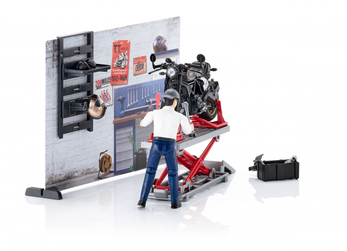Set tematic service Bworld cu motocicleta, mecanic si accesorii, Bruder 1