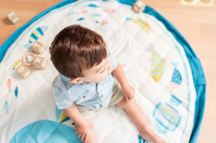 Saltea de joaca bebe si rucsac portabil 3 in 1 Play&Go cu print Moulin Roty Olga [7]