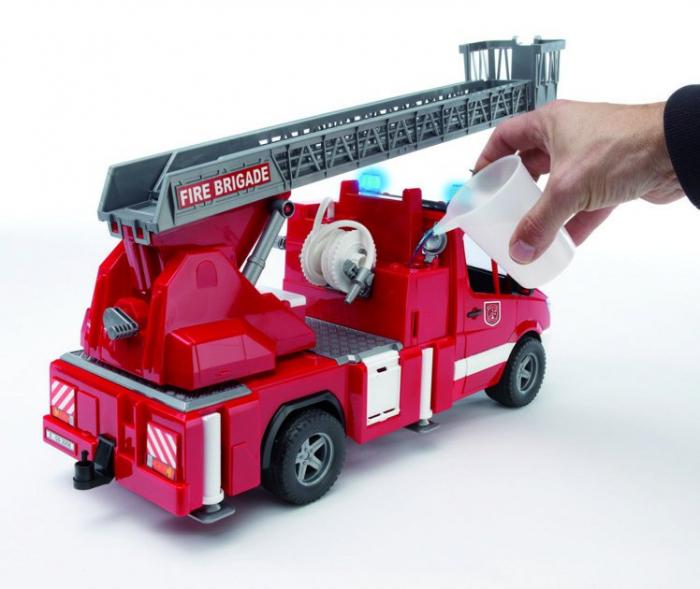 Duba Mercedes Benz Sprinter de pompieri cu pompa de apa, modul de lumini si sunet 1