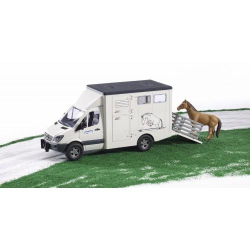 Jucarie Duba Mercedes Benz transporter animale si figurina cal Bruder [2]