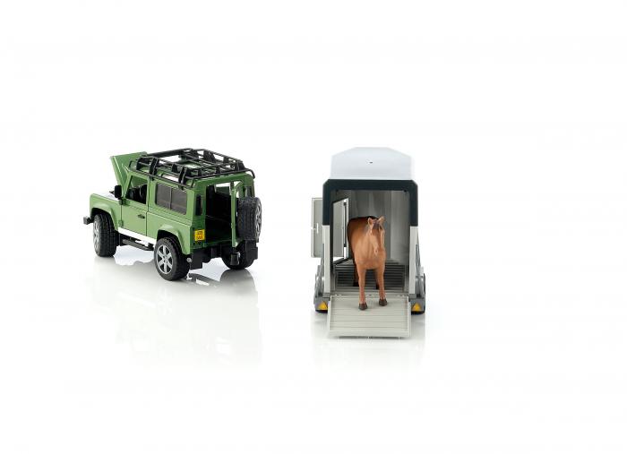 Jucarie Jeep Land Rover Defender cu remorca pentru transport cai + figurina cal inclusa - 61,5 x 14 x 18,5 cm 3